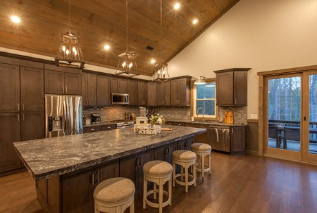 A Luxurious Blue Ridge Mountain Cabin Rental Live