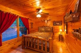 All Inspired Lodge | Cabin Rentals of Georgia | Second Queen Bedroom