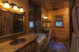 Hemlock Hideaway | Cabin Rentals of Georgia | Main Floor Suite Bath