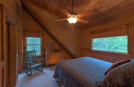 Hemlock Hideaway | Cabin Rentals of Georgia | Top Floor Queen Bedroom