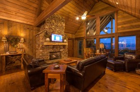 Cohutta Sunset | Cabin Rentals of Georgia | Welcoming Living Area