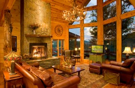 Fallen Timber Lodge | Cabin Rentals of Georgia | Great Room