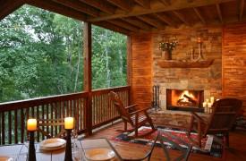 A Rolling River Cabin | Cabin Rentals of Georgia | Dine Near the Fire