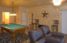 Fallen Timber Lodge | Cabin Rentals of Georgia | Terrace Family Room