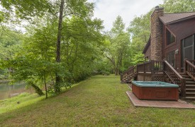 Toccoa Tails | Cabin Rentals of Georgia | Hot Tub By The River
