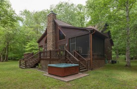 Toccoa Tails | Cabin Rentals of Georgia | The Perfect Getaway